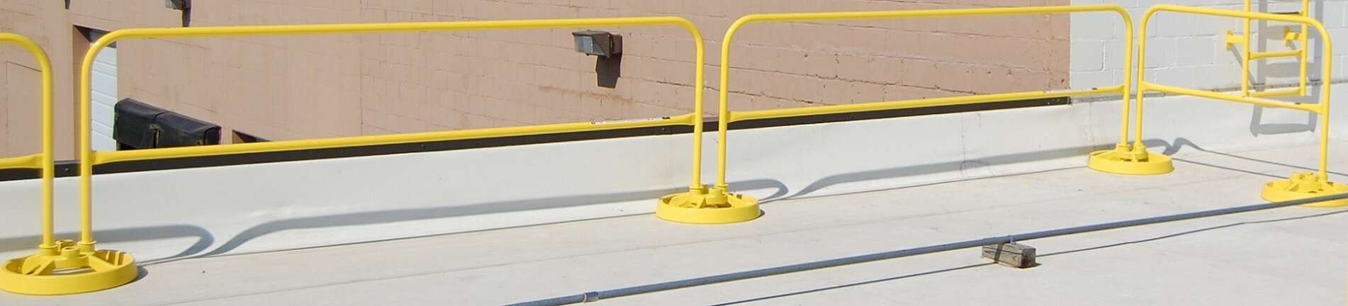 Freestanding Roof Safety Rail System