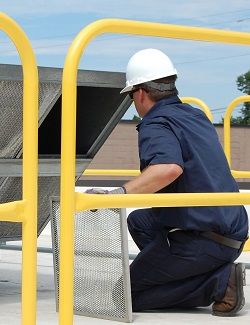 Fall Protection Guardrail Protects Workers from Fall Hazards